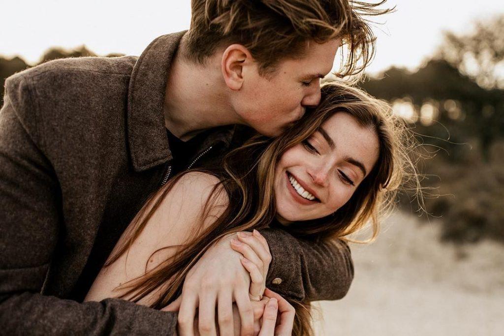Как знаки зодиака признаются в любви
