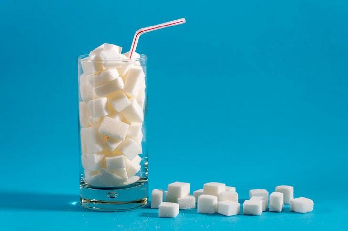 сахар вредит коже